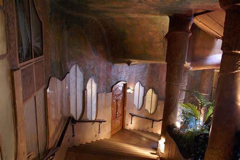 casa milà interno la pedrera il palazzo di gaudi centro di arte e cultura