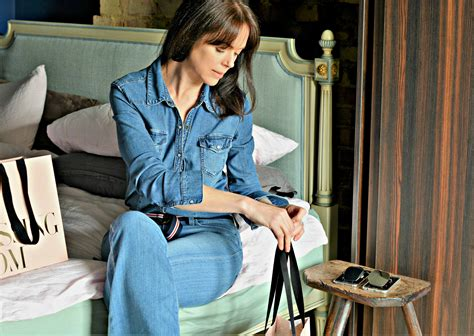 Wardrobe Staples For by Top 12 Essential Wardrobe Staples For The Grown Up Womans