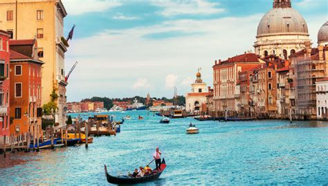 best place to get a gondola in venice best destinations for photography