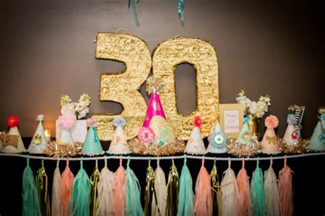 colour themes for 30th birthday trendy 30th birthday party decor