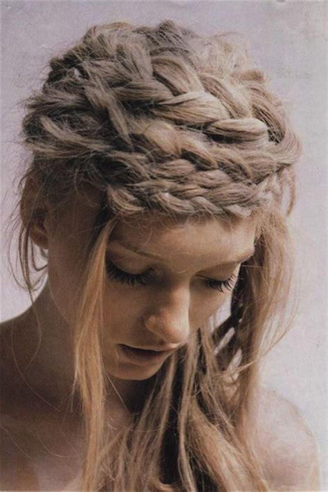 Wedding Guest Hairstyles With Braids by How Not To Dress For A Traditional Wedding Onewed