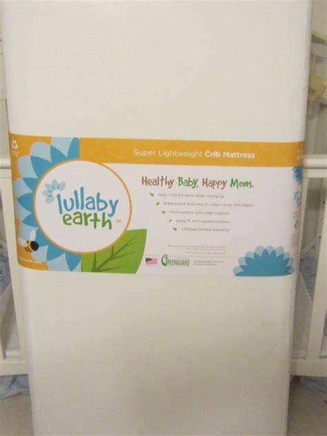 Best Eco Friendly Crib Mattress by Eco Friendly Lightweight Crib Mattresses From