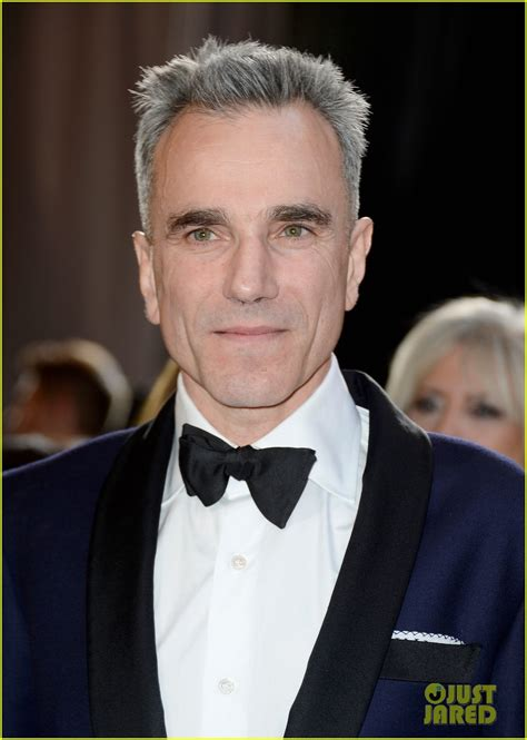 best actor daniel day lewis wins best actor oscar 2013 for lincoln