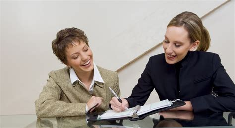 how to get a desk job getting job ready work in nz new zealand now