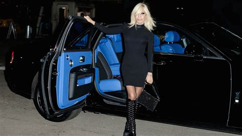 Interior Trim Colors Rolls Royce Ghost Dresses Up In Versace For London Fashion