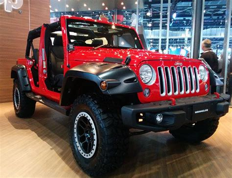indian jeep the awaited chrysler jeeps arrive in india rediff