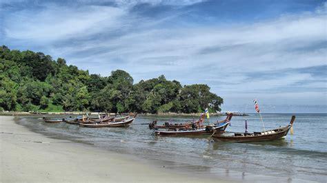 turisti per caso thailandia spiaggia a patong phuket thailandia viaggi vacanze