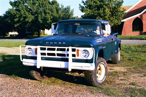 dodge w200 power wagon dodge power wagons pinterest 968 w200 dodge power wagon power wagon pinterest
