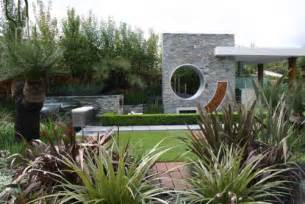 Contemporary Landscape Design Get That Contemporary Look