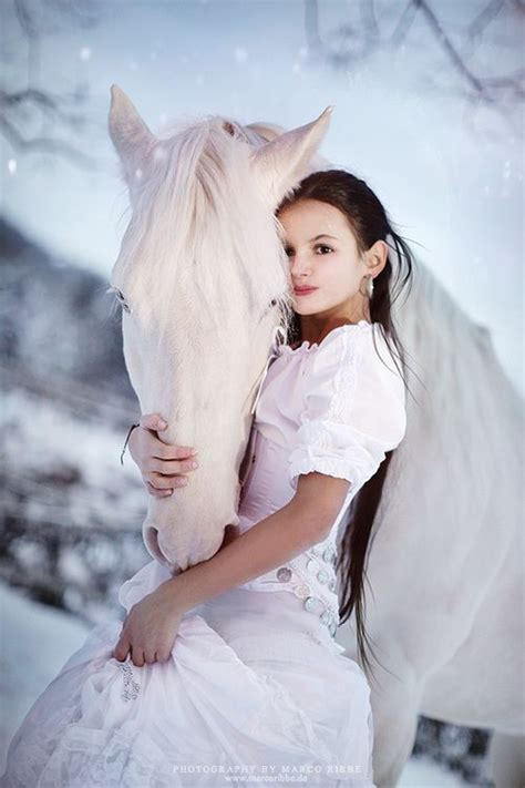 Beat Beautiful Winter Skin by 17 Best Ideas About White Horses On Horses
