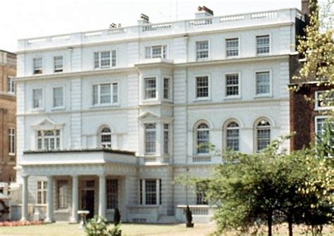 clarence house london prince william and kate middleton s new house named