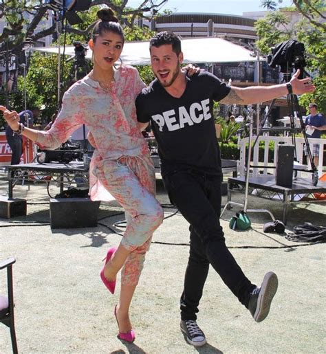 zendaya and val 2015 photos zendaya and val chmerkovskiy s quot extra quot interview