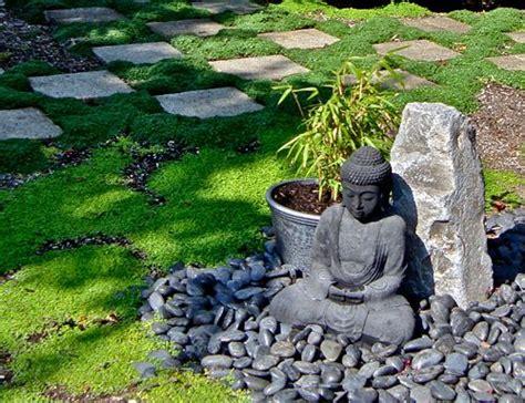 buda jardin buda en el jardin patio zen jard 237 n