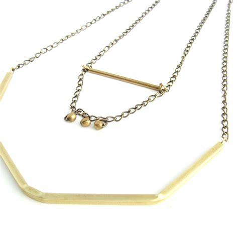 edgy necklace modern design venus