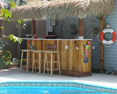 Recycled Pallet Tiki Bar Ideas Pallet Wood Projects Building A Tiki Bar Ideas