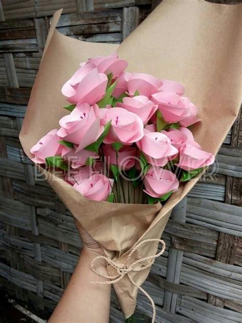 Bunga Buket Mawar Bunga Handbouquet 2 jual buket bunga bouquet flower bunga mawar bunga kertas hiasan bunga cleophitree shop