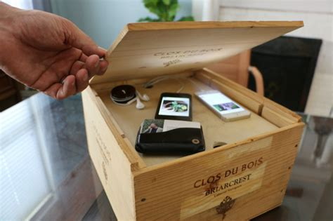 Wine Crate to Gadget Storage ? Totally Green Crafts