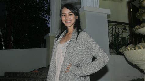 film malaysia cinta dari surga di cinta dari surga melayu nicole belajar banyak dari ari