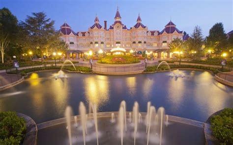 top 10: the best disneyland paris hotels | telegraph travel