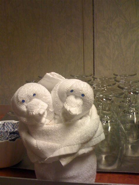 Origami Towel Animals - 134 best images about figuras con toallas on