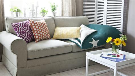 divano di legno westwing divano in legno sof 224 e poltrona rivestita in