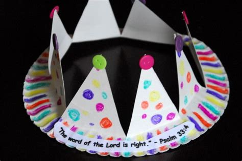 Paper Crown Craft - paper plate crown the coolest