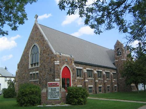 churches in litchfield mn