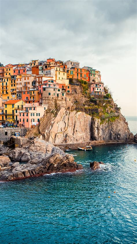 wallpaper manarola italy tourism travel architecture