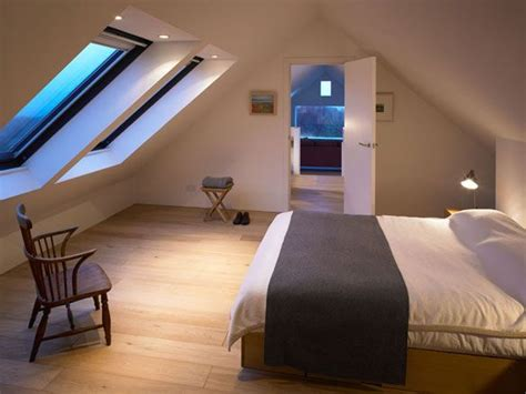 bedroom skylight 25 best ideas about skylight bedroom on pinterest