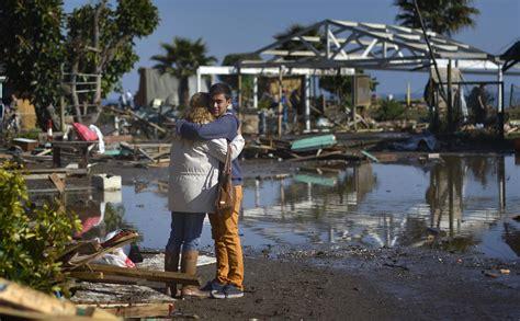 earthquake chile chile earthquake and tsunami devastation in photos