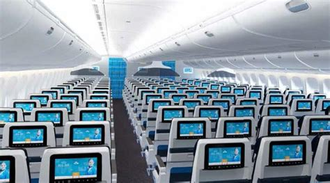 klm 777 300 economy comfort klm presenteert nieuwe economy class stoelen