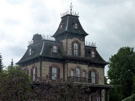 haunted houses in wisconsin food wine festival octoberfests haunted houses this weekend in wisconsin