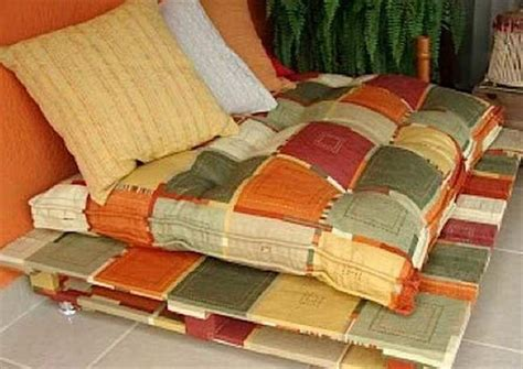 Catchy And Distinct Style Pallet Bed Diy Wooden Pallet Furniture Catchy And Distinct Style Pallet Bed Diy Wooden Pallet Furniture