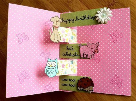 cara membuat kartu ucapan pop up ulang tahun kado kado yang bisa kamu berikan pada orang tersayang