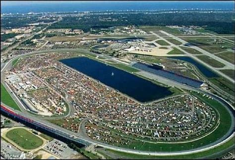 daytona track daytona speedway to cut seating capacity in 400 million overhaul latimes