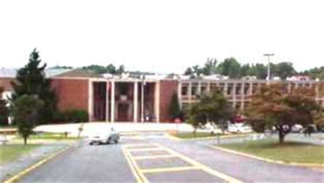 Albemarle County Schools Calendar Overcrowding In Some Albemarle Schools Wwwv 97 5