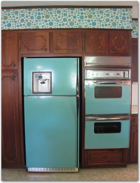 turquoise kitchen appliances turquoise appliances and vera bradley esque wallpaper