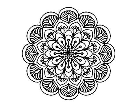imagenes flor mandala dibujo de mandala flor y hojas para colorear dibujos net