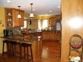 kitchen remodel ideas with oak cabinets custom oak kitchen cabinets w paint color backsplash cooridinates for the home
