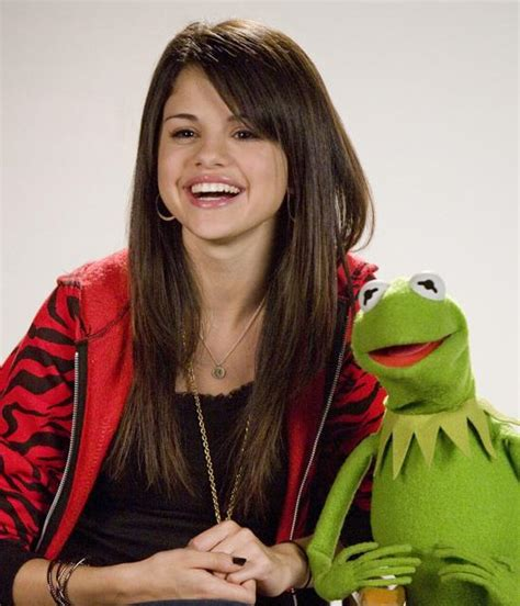 Rock Disses Ashlee by Nowayy Really Sorry Selena Gomez Quot Cutest Kid