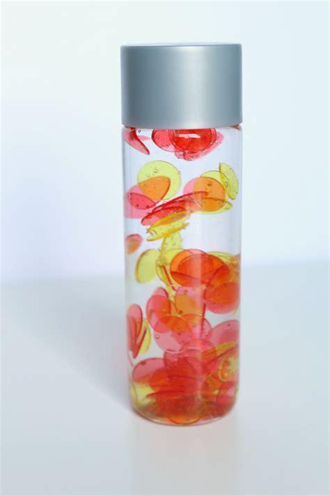 how to make a color mixing sensory bottle preschool inspirations no oil no food color color mixing sensory bottles no