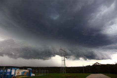 Shelf Cloud Tornado by Shelf Cloud Tornado Www Imgkid The Image Kid Has It