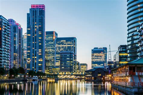 canary wharf let s get down to business why you should visit canary