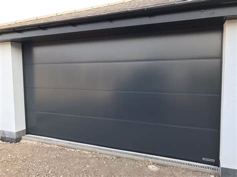 Walton Garage Door Stuart On Quot One Of Our H 246 Rmann Lpu 40 L Ribbed Sectional Garage Doors In Anthracite