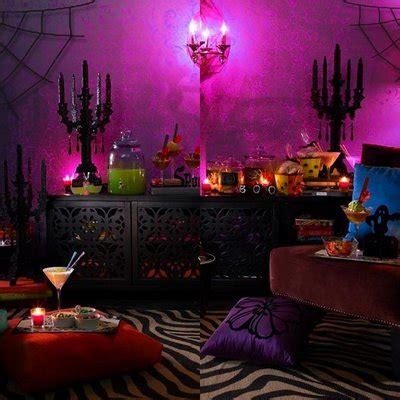 party in my bedroom halloween 2010 eye spells viva la qbee03