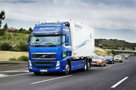 volvo road volvo using wireless technology to link road trains