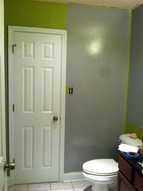 Low Budget Bathroom Makeovers by Clever Low Budget Boy S Bathroom Makeover Hgtv