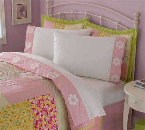 girls quilt bedding julia girls bedding quilt set in full queen and twin with