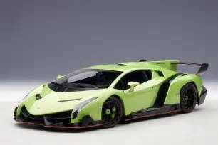 Lamborghini Veneno Green Autoart Highly Detailed Die Cast Model Green Lamborghini
