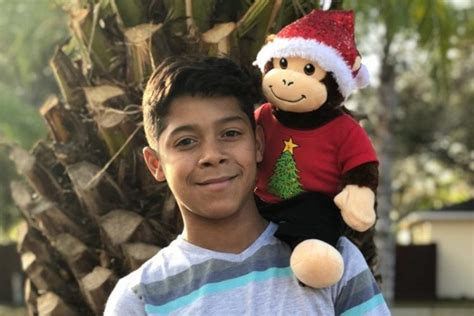 Special E Boy 838 Speaker Big Sound T057 gifted his a stuffed monkey that plays his late s voice